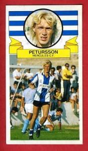 El famoso cromo de Petrursson.