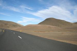 carretera cerca de Egilsstadir. Foto de Marc Péquignot.