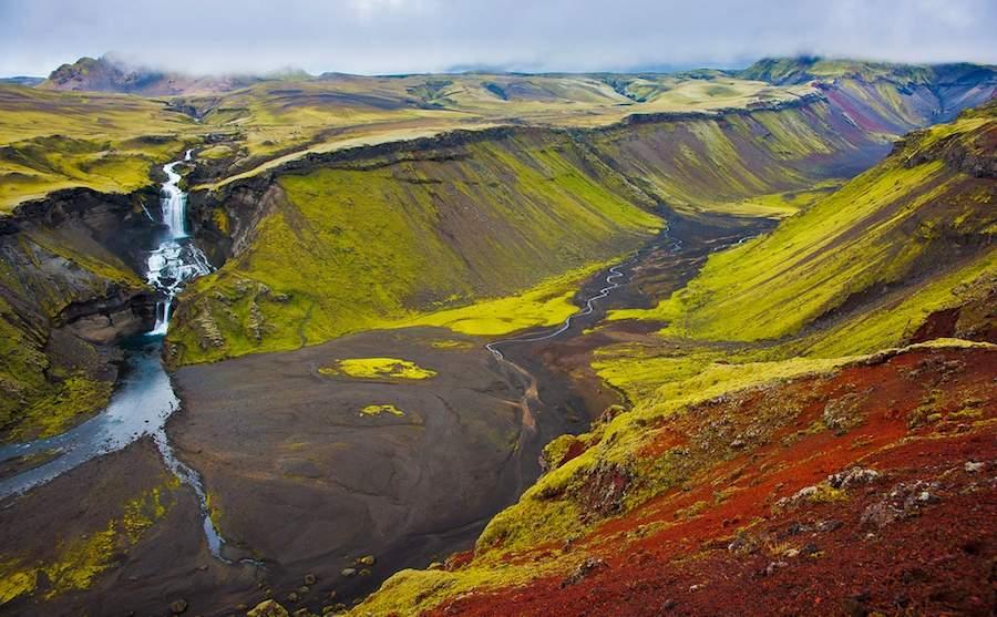 El cañón de Eldgjá, maravilloso espectáculo lejos de la civilización. Foto de Muriel Litvekich.