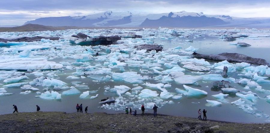 Islandia...isla de hielo. Impresionante la laguna glaciar de Jökulsárlón. Foto de Egon Abresparr.