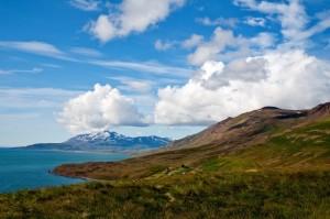 Paisajes incríbles, extensiones desoladas, pequeños pueblos en mitad de la nada, esto es la Islandia rural. Foto de Heinz_H