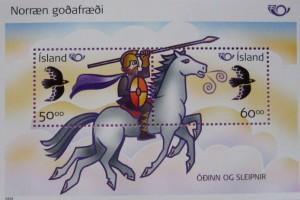 Odin y su caballo volador en un sello de 2004. La influencia de las Sagas se extiende hasta la filatelia.