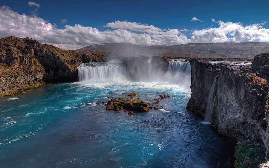 Impresionante toma de la cascada de Godafoss. Foto de Aubrey Stoll.