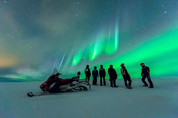 Excursiones en motos de nieve en Islandia
